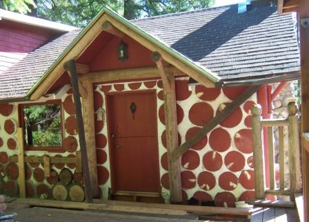cordwood home from the 1950s in oregon