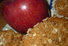 Apple Crumb Muffins Everyone Will Love